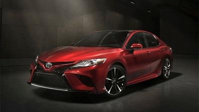 Toyota Camry 2017, новая модель, автосалон