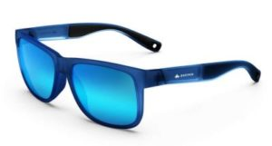 Синие очки, очки синего цвета, плохие очки для водителя